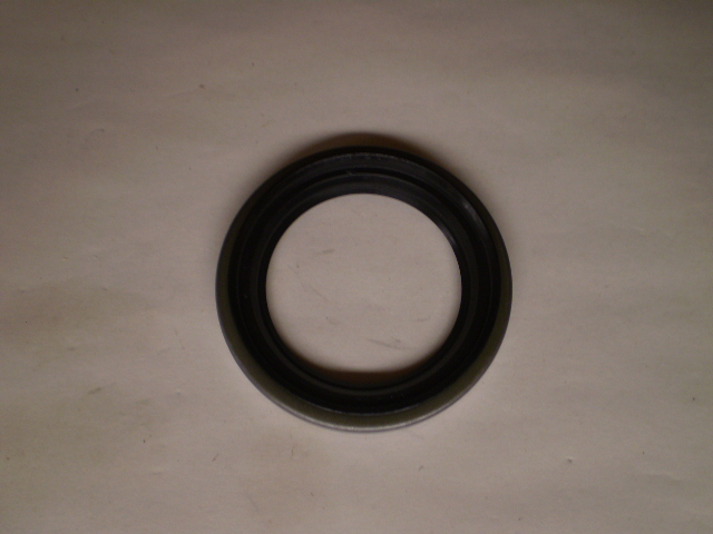 DAI FRNT OUTTER WHEEL SEAL